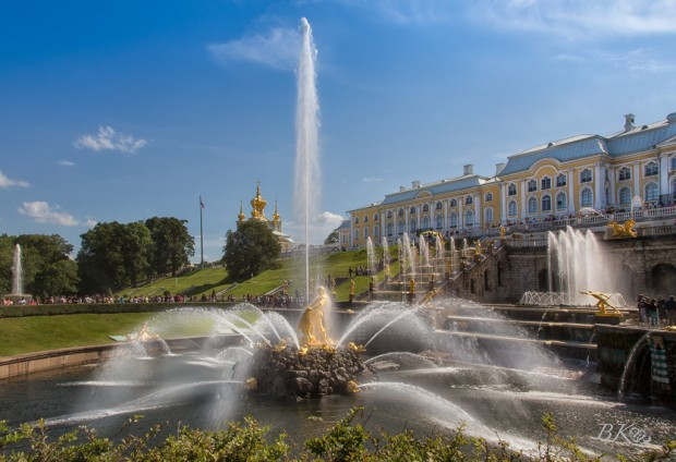 Fountains at Peterhof 1